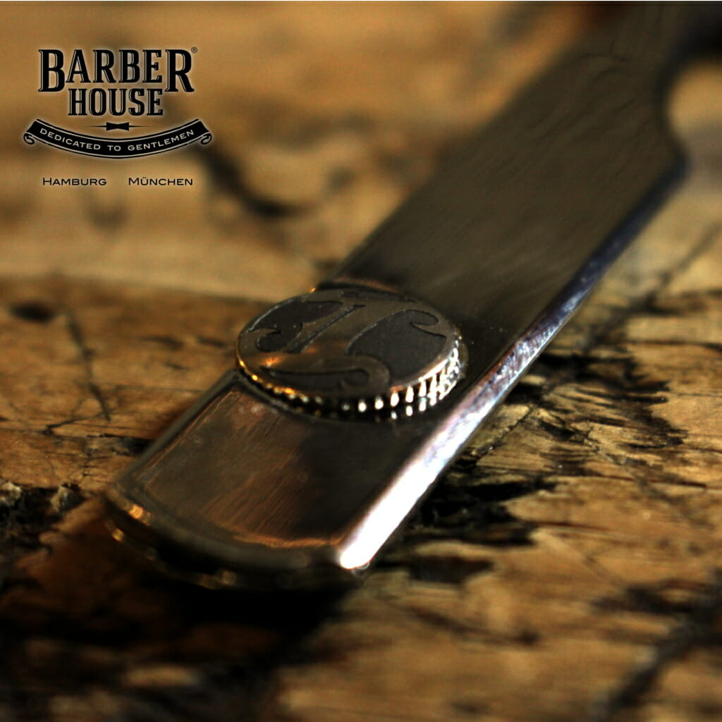 Irving Barber Co Shavette